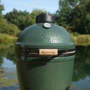 Medium Big Green Egg Outdoors